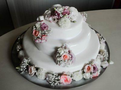Kolaci Sunce - svatovske i prigodne torte-35