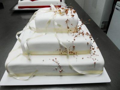 Kolaci Sunce - svatovske i prigodne torte-51